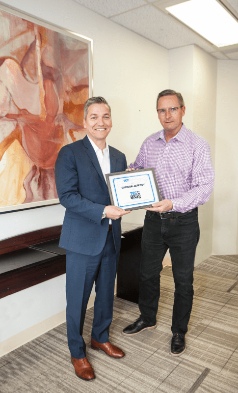 Gregor Jeffrey Awarded TEC Canada's 2017 Canadian Speaker of the Year